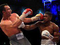 Wladimir Klitschko muss sich Anthony Joshua nach technischem K.o. in der elften Runde geschlagen geben.